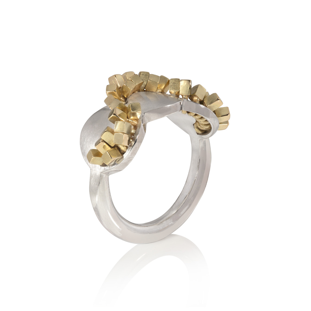 Frilly Ring