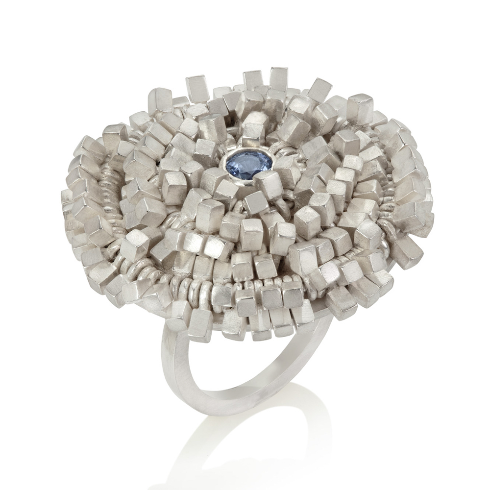 Max Frilly Ring