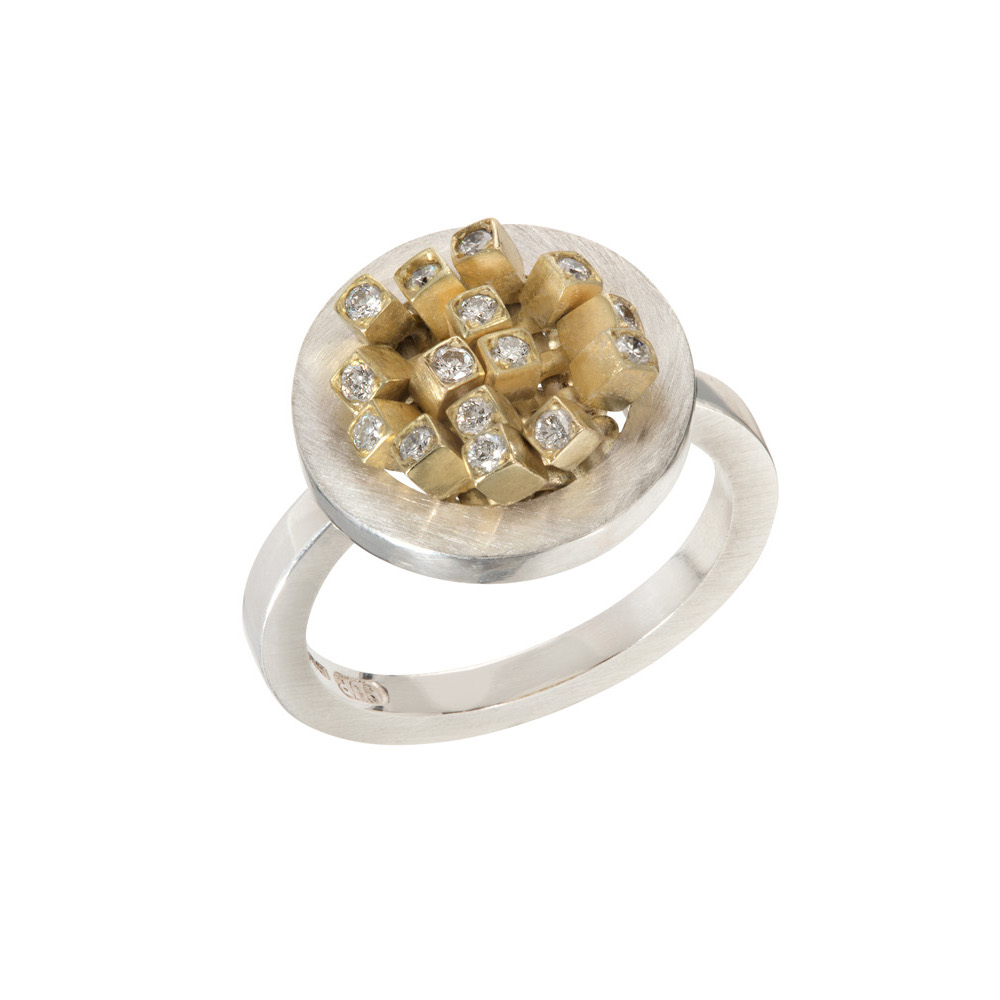 Small Circular Diamond Ruffle Ring
